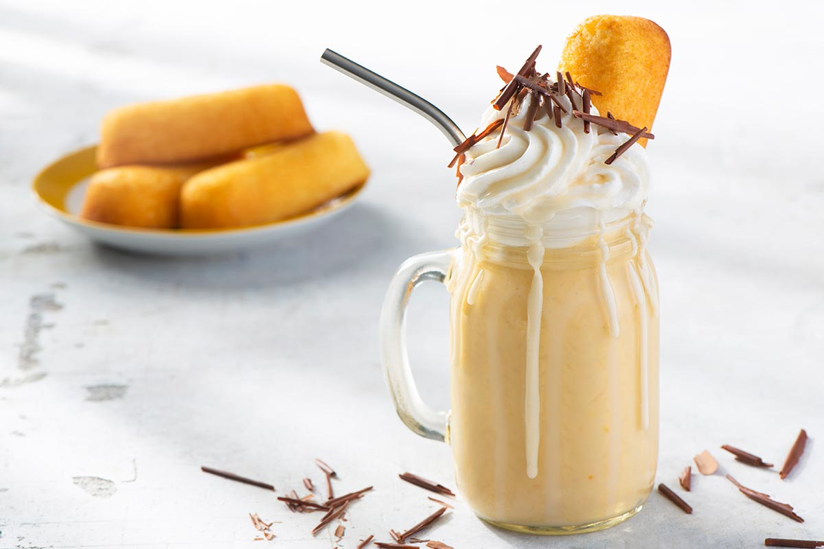 Creamy Orange CupCakes Shake